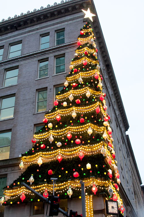 Horne's Department Store Christmas Tree. Highmark building. Downtown Pittsburgh.